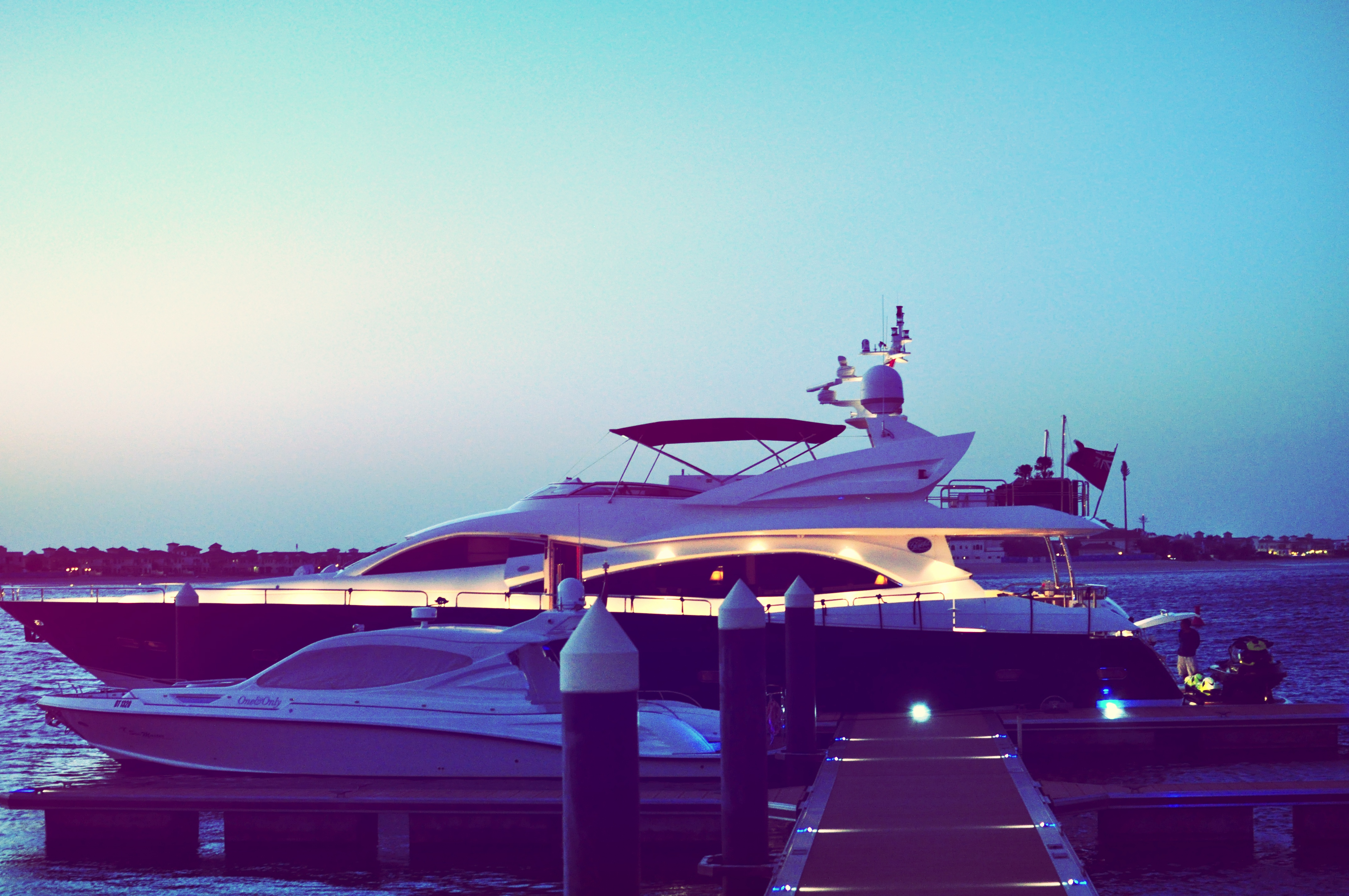 yachtt